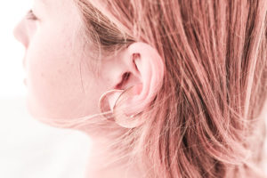 wire-and-oval-ear-hook